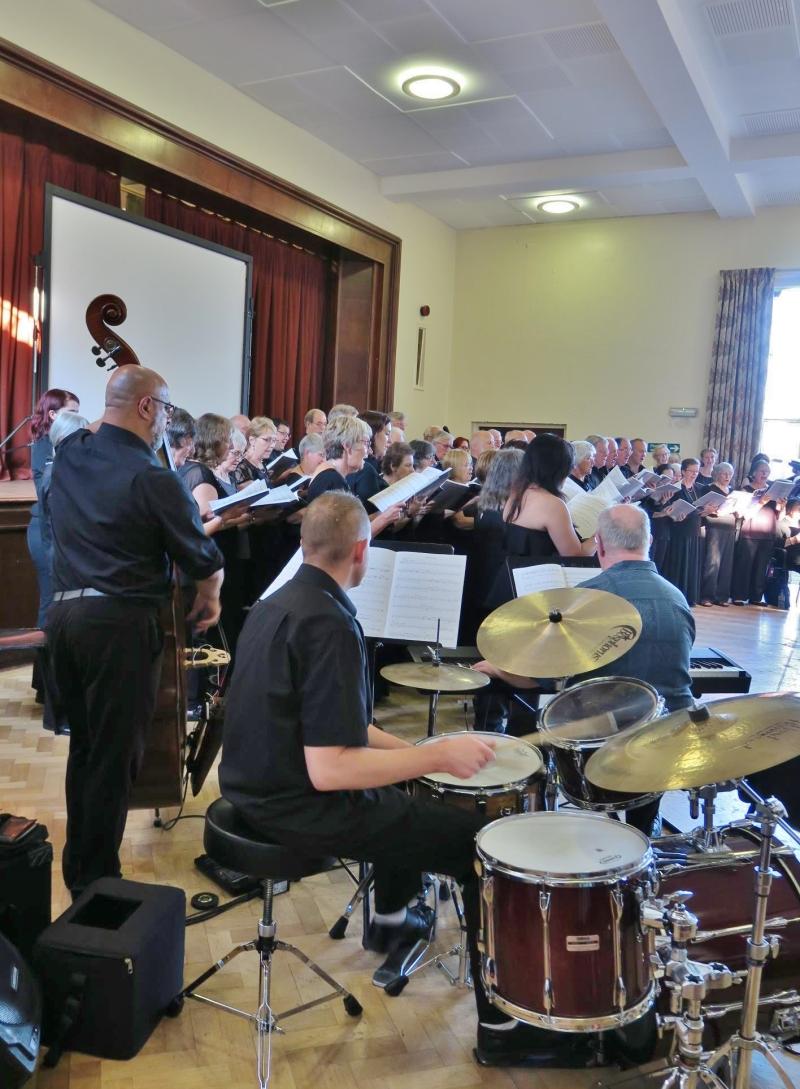 BFCS accompanied by the Jazz trio Photo by David Jones)